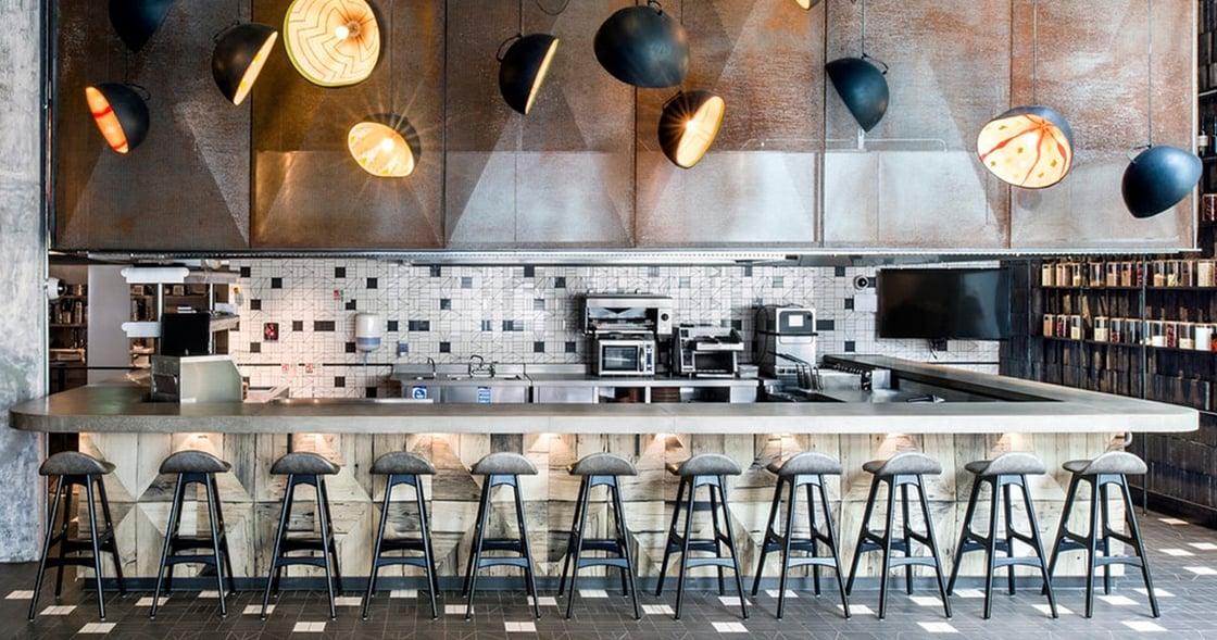 winning-restaurant-bar-design-putney-nandos.jpg