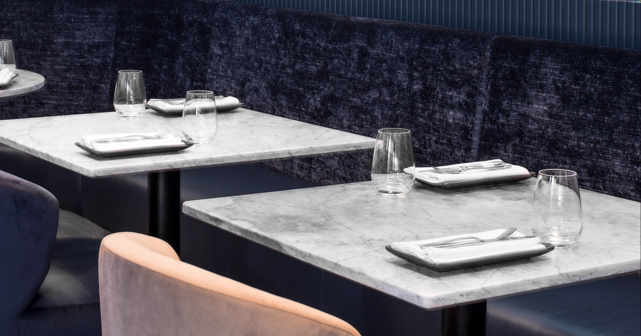 Faber Design - Oyster Club - marble tables