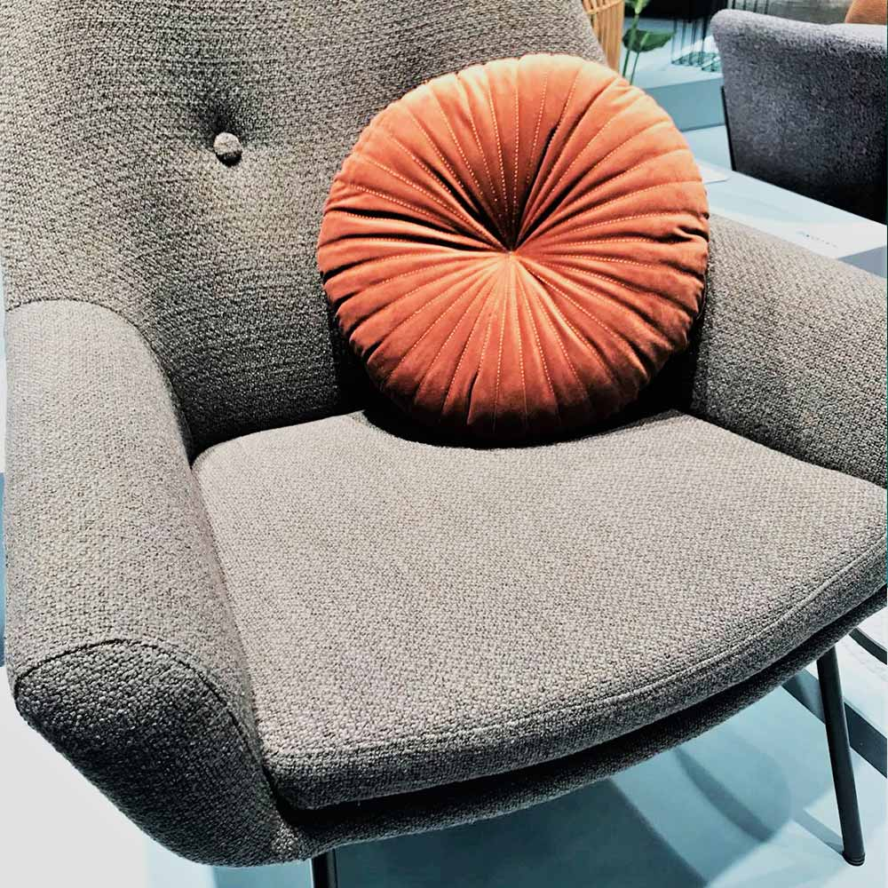 furniture-trends-cologne-ribbed-cushion.jpg