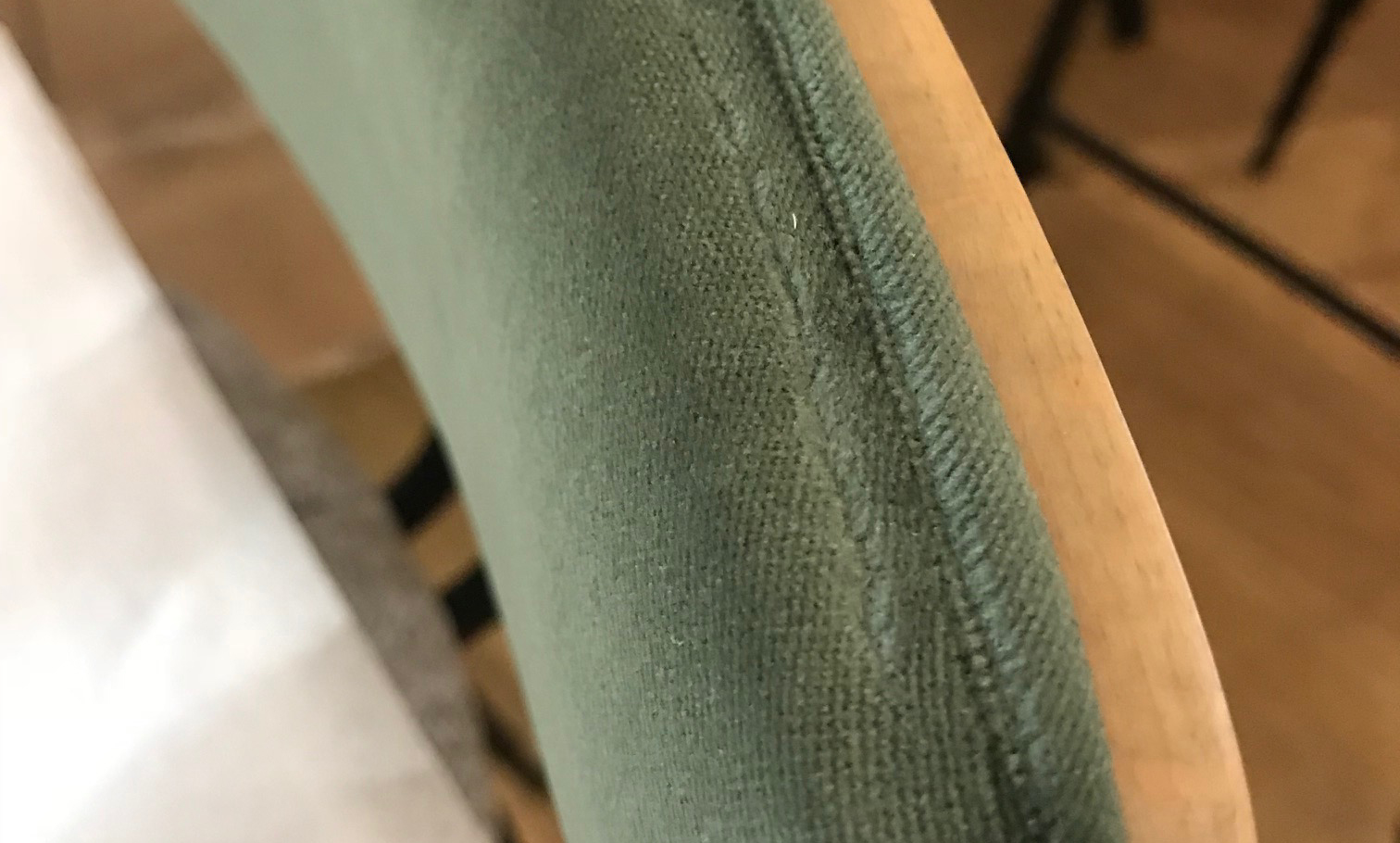 fabric-wears-hard-surfaces-back-rest