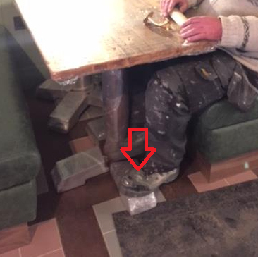 wrong table base no foot space