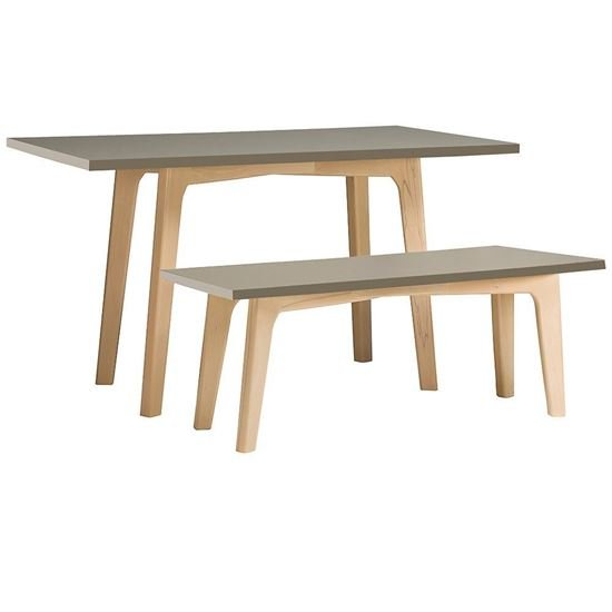 Photo of a bench and table from the Alba Collection
