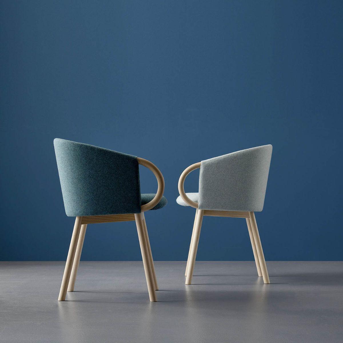 A photo Zant armchair side ways