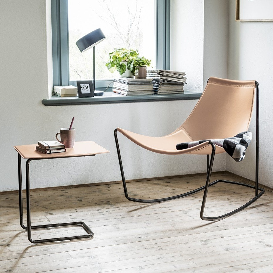 Appelle Sling Chair & Table