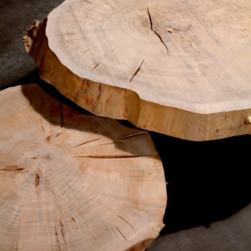 close up view of poplar coffee table