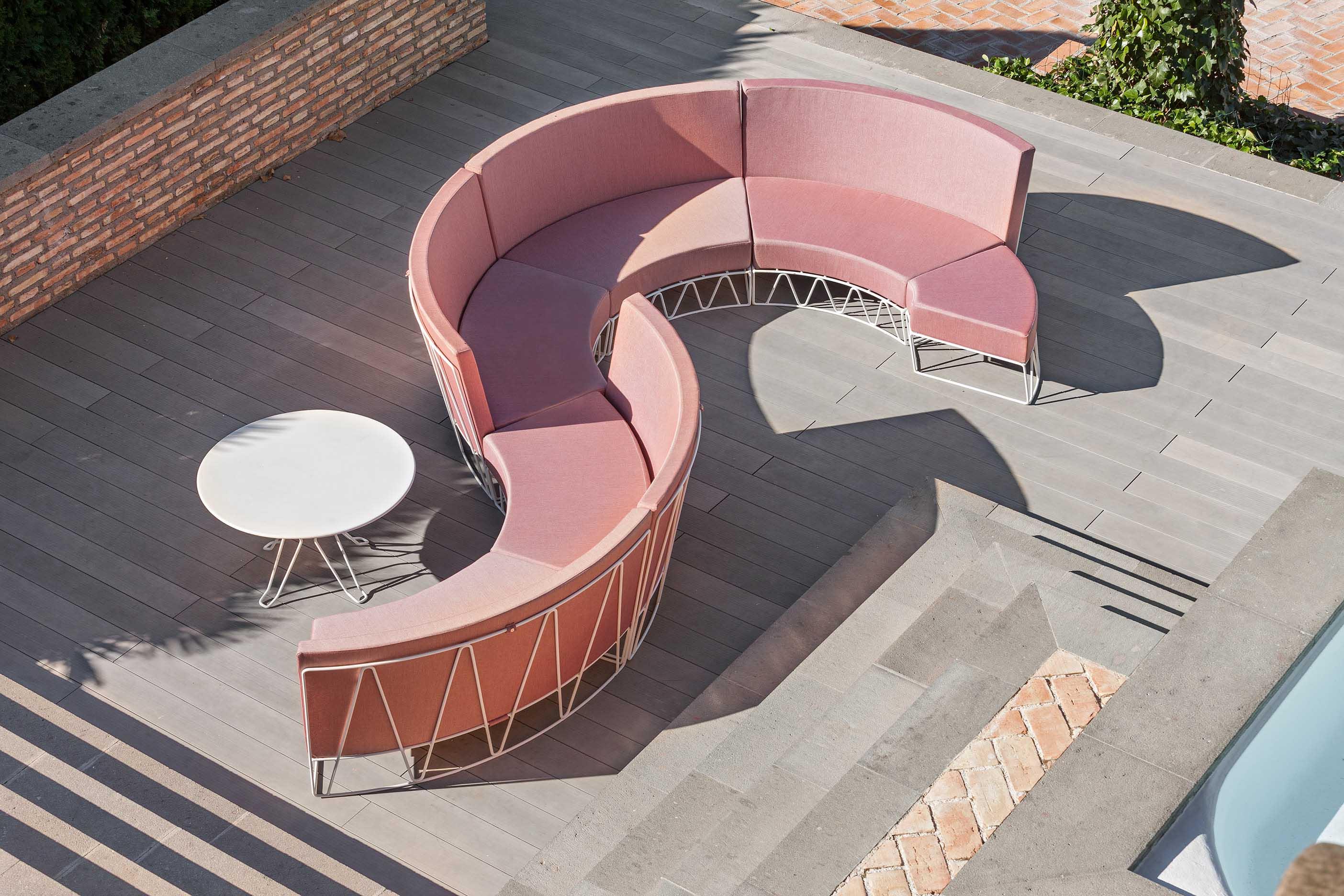 Lagarto Modular Sofa